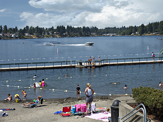 Scenic Washington, Puget Sound, Lake Meridian; Lake Meridian Park; swimmers in Kent